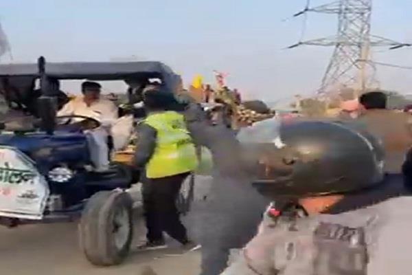 tikri border farmers tiranga rally khalsa aid