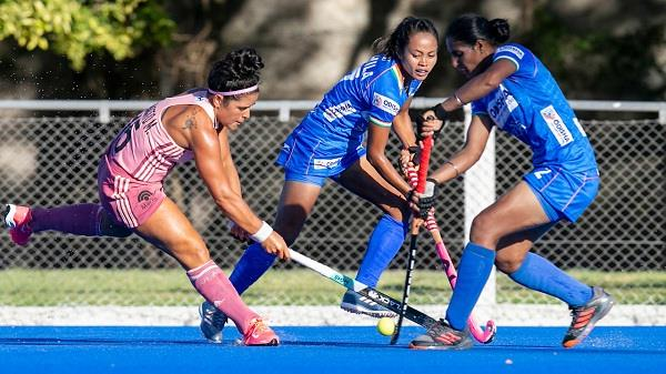indian women  s hockey team loses to argentina b team