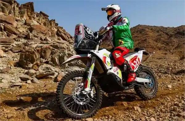 dakar rally motorcyclist dies after accident