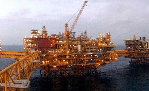 offshore vessel catches fire near mumbai high oilfield  3 trapped
