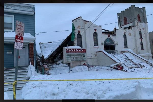 snow piles up a 95 year old church in new jersey