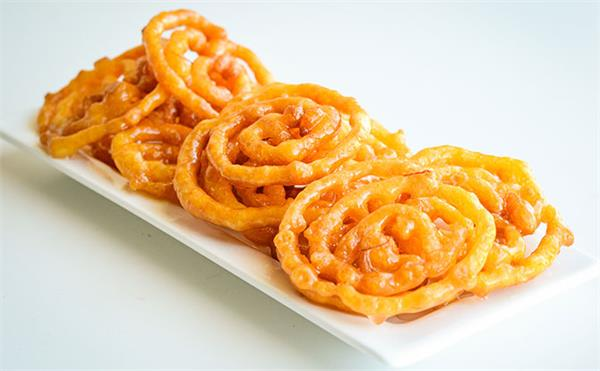 cooking tips  here  s how to make jalebis in your home kitchen