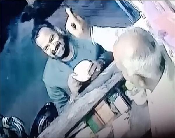 fake drug inspectors  individuals  photos  social media  viral