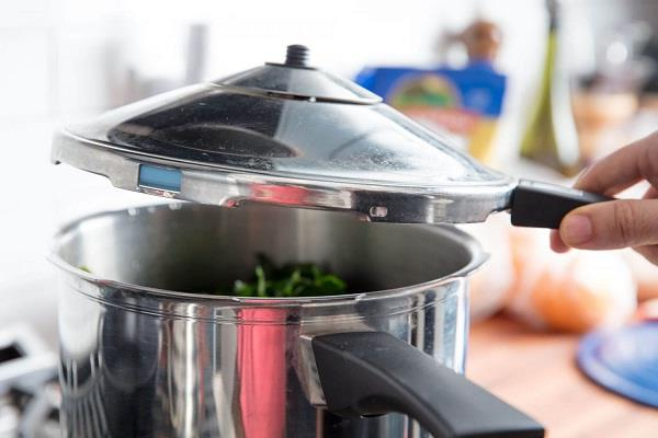 cooking in a pressure cooker is healthy or unhealthy