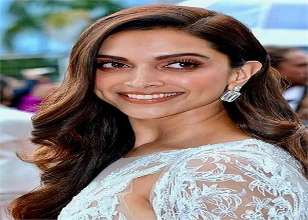 deepika padukone video theft bag snatching new delhi