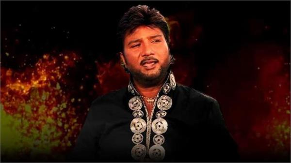 bollywood stars pay homage to singer sardul sikandar