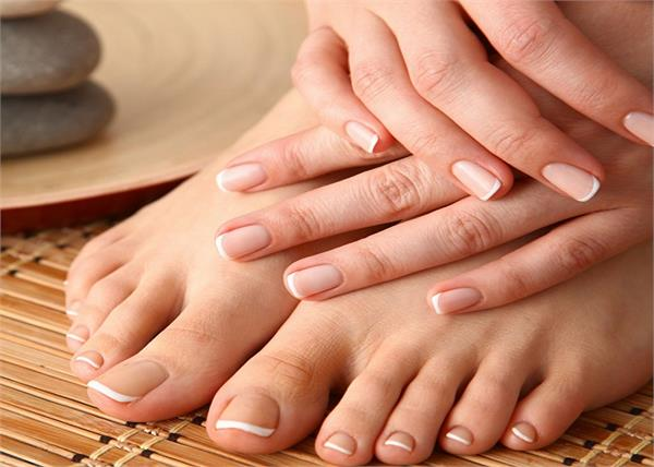 beauty tips hands feet cleaning home manicure pedicure