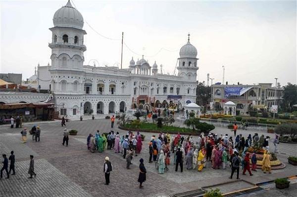 pakistan sikh pilgrims facilities