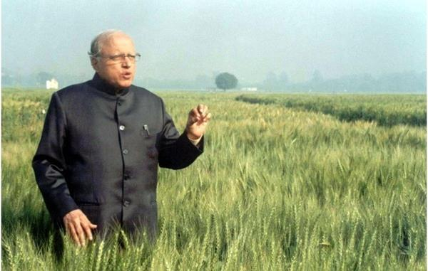 what is the swaminathan report why farmers are demanding implementation