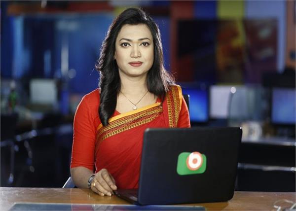 when bangladesh s first transgender read the news bulletin