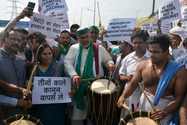 rakesh tikait tractor farmer parliament narendra singh tomar