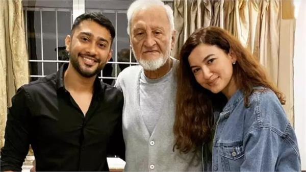 gauhar khan father death has been hospitalized for the past one week
