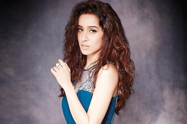 actress shardha kapoor  who became an overnight star with   aashiqui 2