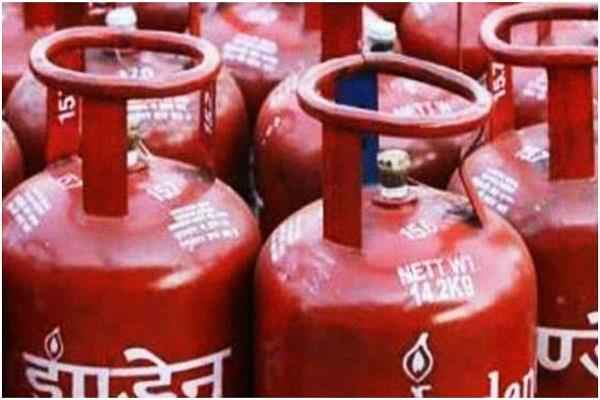 aim to provide more than one crore free lpg connections in 2 years