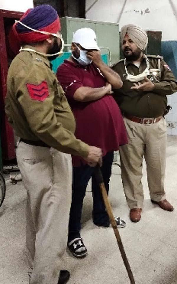 bjp leader  sheetal angural  beaten case suicide note