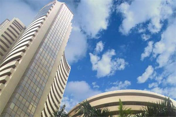sensex opened 487 points higher