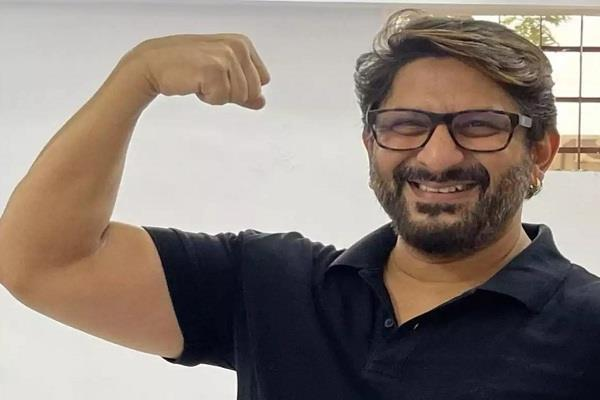 actor arshad warsi administered the corona vaccine sharing the picture