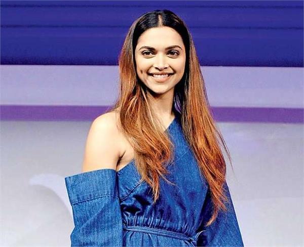 actress deepika padukone resigns from geo mami mumbai film festival