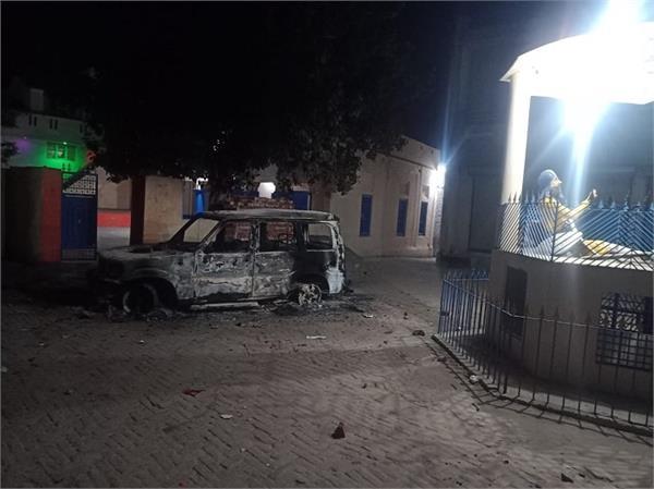 moga unknown person road scorpio vehicle fire