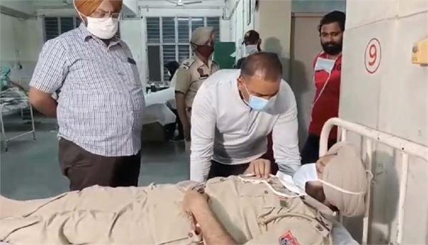 jalandhar night curfew police station number 1 sho beaten