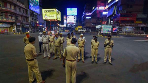 night curfew extended to all jammu kashmir districts