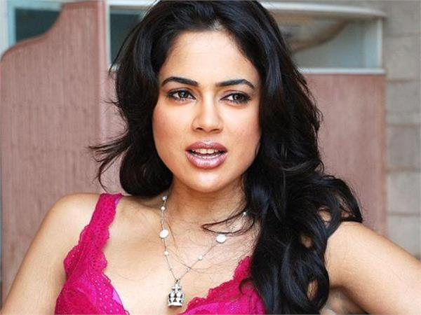 corona happened to actress sameera reddy  post shared information