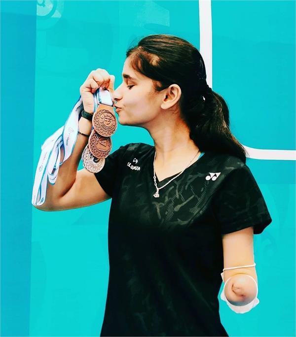 dubai para badminton international palak kohli won 3 medals
