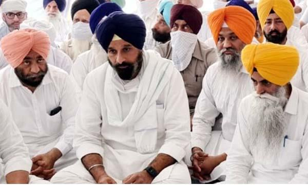 big loss to party with death of judge  majithia