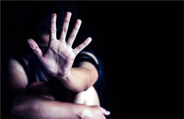 basketball coach sexually abuses a minor girl
