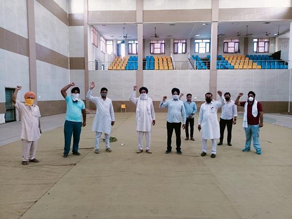 akali leaders chanted slogans against manjit dhaner