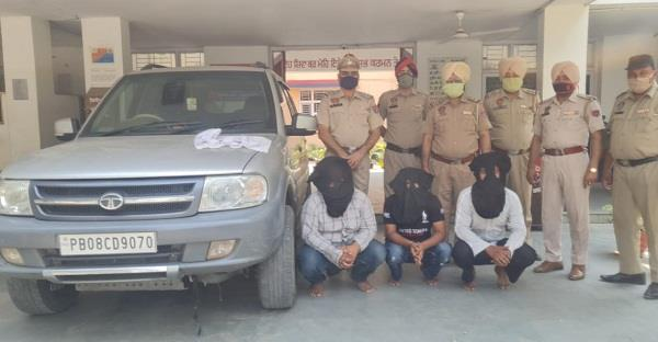 nakodar police made a great success  3 arrests with pistols