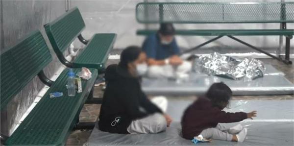 five illegal children  including a small child  were found near us mexico border