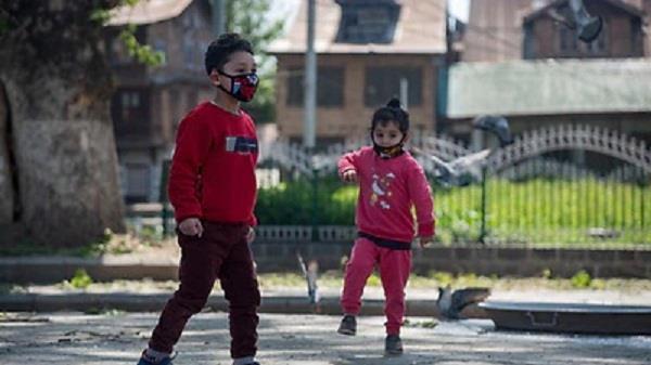 173 australian children india travel ban