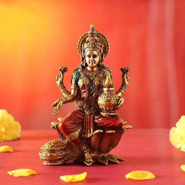 friday maa lakshmi happy  no shortage money