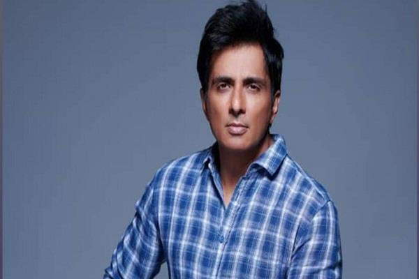 sonu sood oxygen cylinders will be available by calling this number