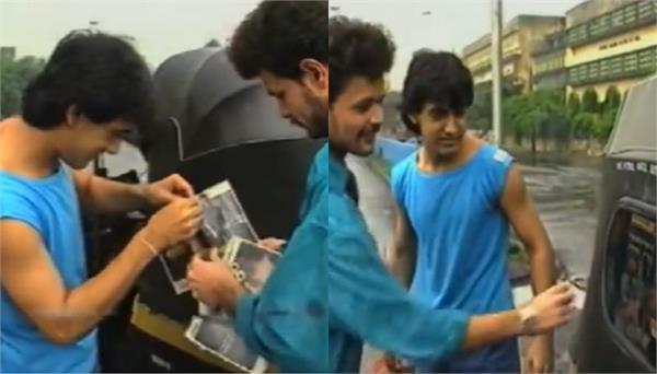 aamir khan goes around mumbai sticking qayamat