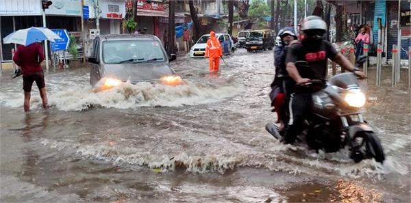 heavy rainfall in view of cyclone tauktae in mumbai