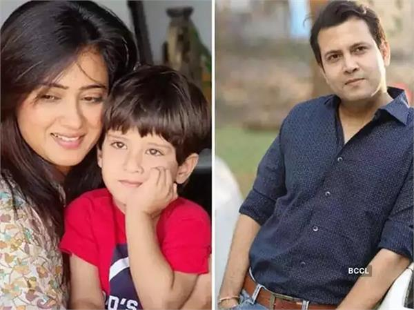 shweta tiwari s husband abhinav tries to snatch baby video goes viral