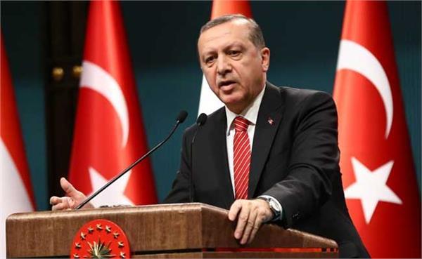 erdogan tells putin that israel needs a     lesson