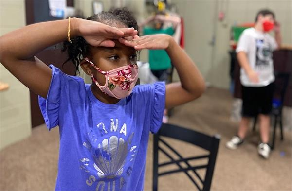 schools will be fully open in the us  students will have to wear masks