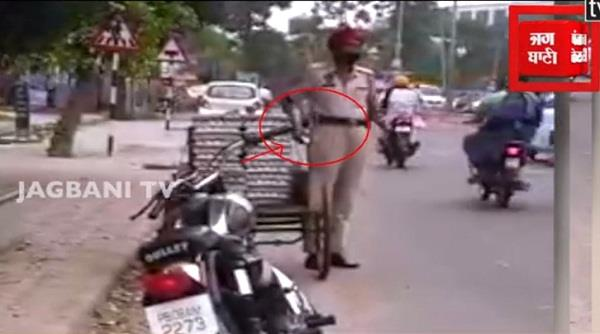 the video went viral while stealing eggs ssp took strict action
