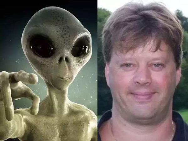 scientists  aliens  warning  mark buchanan