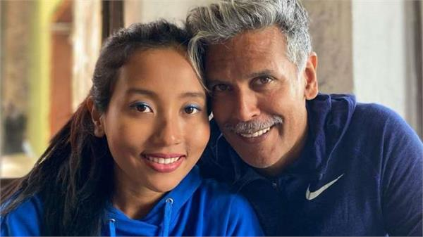 milind soman  s wife ankita is angry over the discrimination