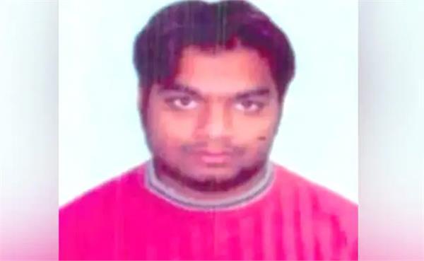 batla house encounter  ariz khan reaches delhi high court