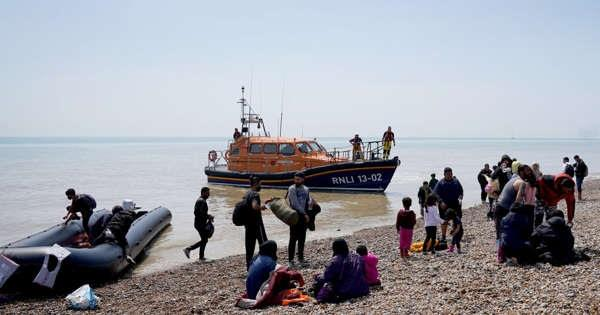 uk  54 million pound deal with france to reduce illegal immigration