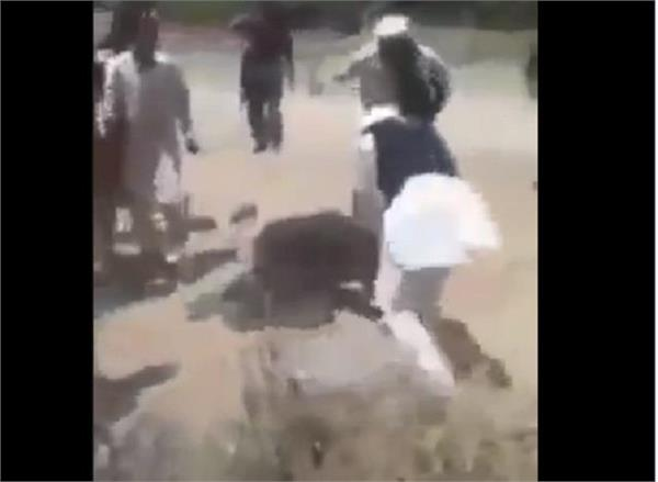 video showing public beating till death of the famous comedian khasha