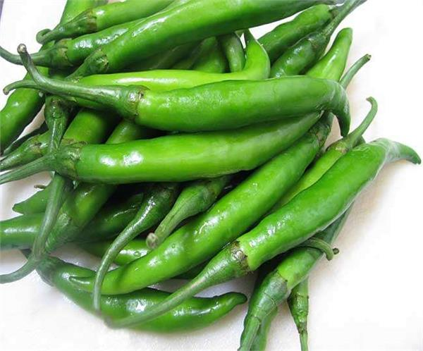 health tips  cures heart diseases   green pepper