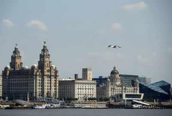 uk  unesco removes   liverpool   from world heritage list