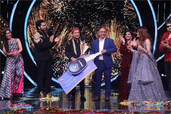 indian idol 12 winner pawandeep rajan leaves fans