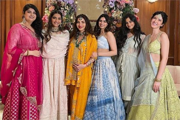 sonam kapoor  s baby shower at home in the middle of her pregnancy